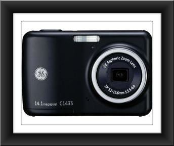 "General Electric GE C1433 14MP 3X Optical Zoom 2.4"" LCD - Black"